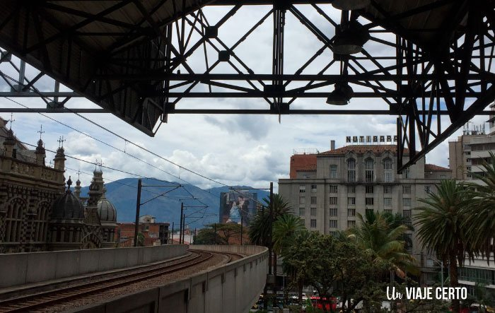 Estación Parque Berrío y el hotel nutibara