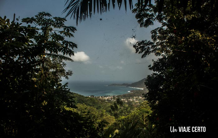 Vista de Capurganá desde las montañas