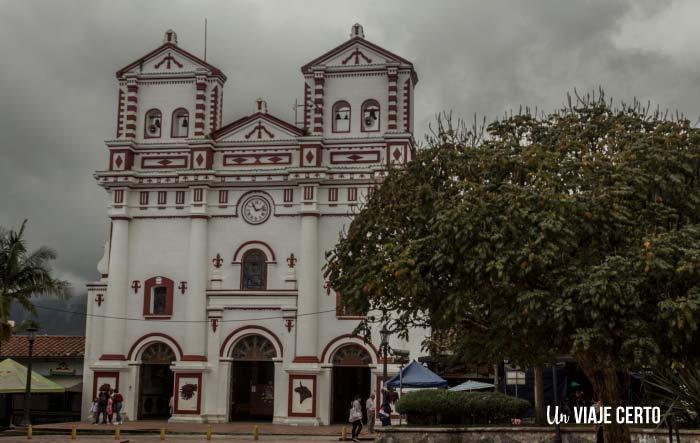 Iglesia principal de Guatapé