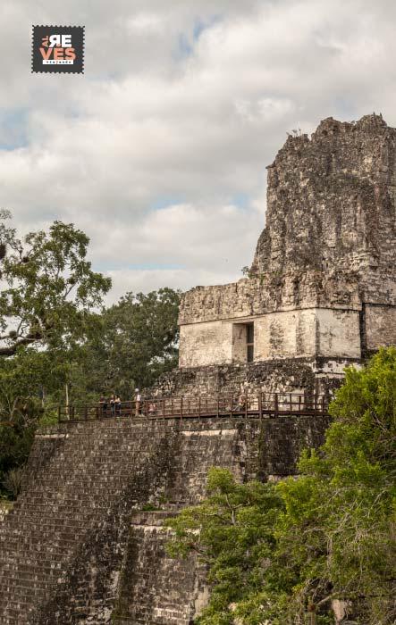 Templo II de la Gran Plaza en Tikal Guatemala